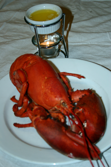 Recipe Steamed Lobster with Drawn Butter - Foodiekitchen.com